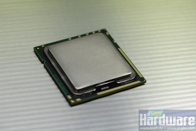 Intel-Core-i9-Gulftown-01