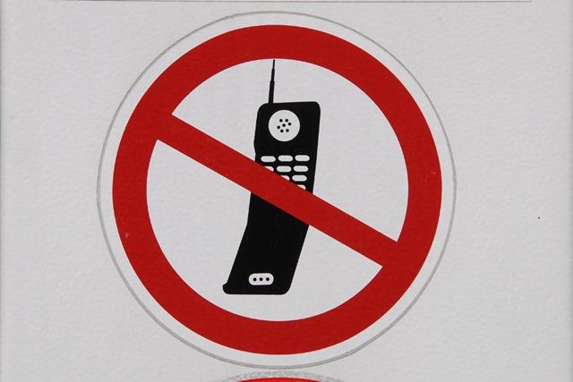 no-phone-x1o